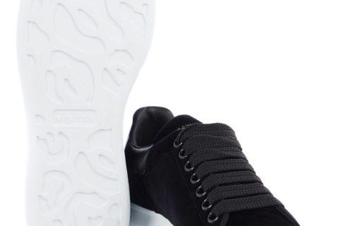 Alexander Mcqueen Oversized Unisex Sneakers - Zwart/Wit - 02