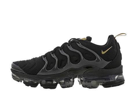 Nike Air Vapormax Plus Unisex Sneakers - Zwart/Goud