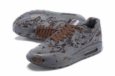 Nike Airmax One Ultra Essential Unisex Sneakers - Bruin/Grijs/Zwart/Leger