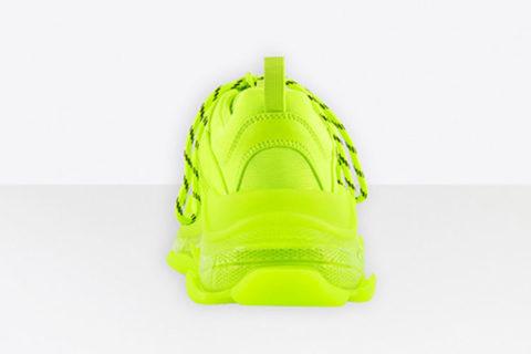 Balenciaga triple s clear sole sneakers geel