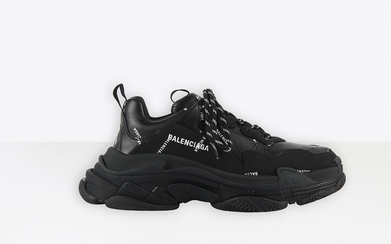 Balenciaga triple s allover logo heren sneakers zwart